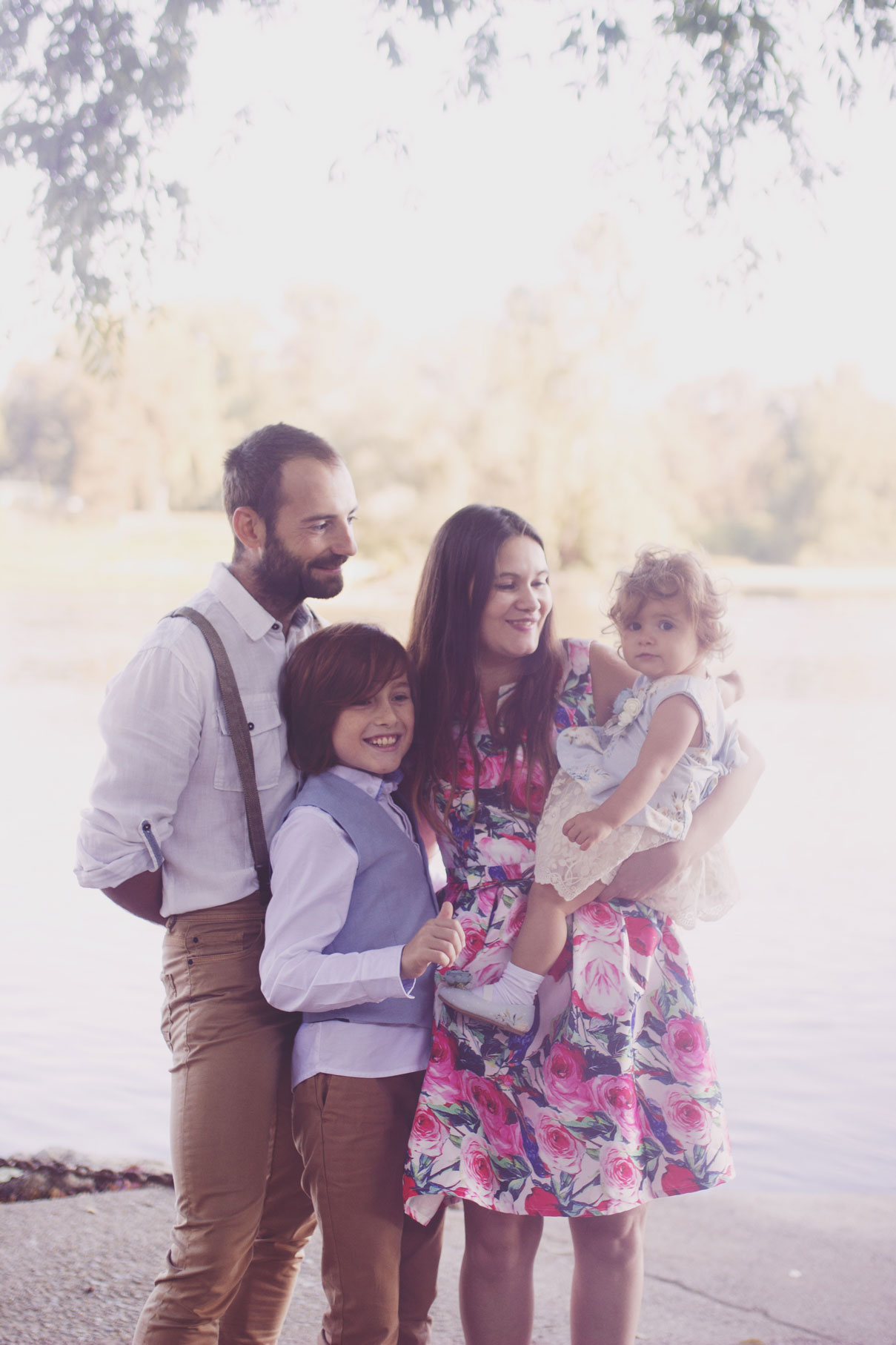 photos de famille au bord de l'eau