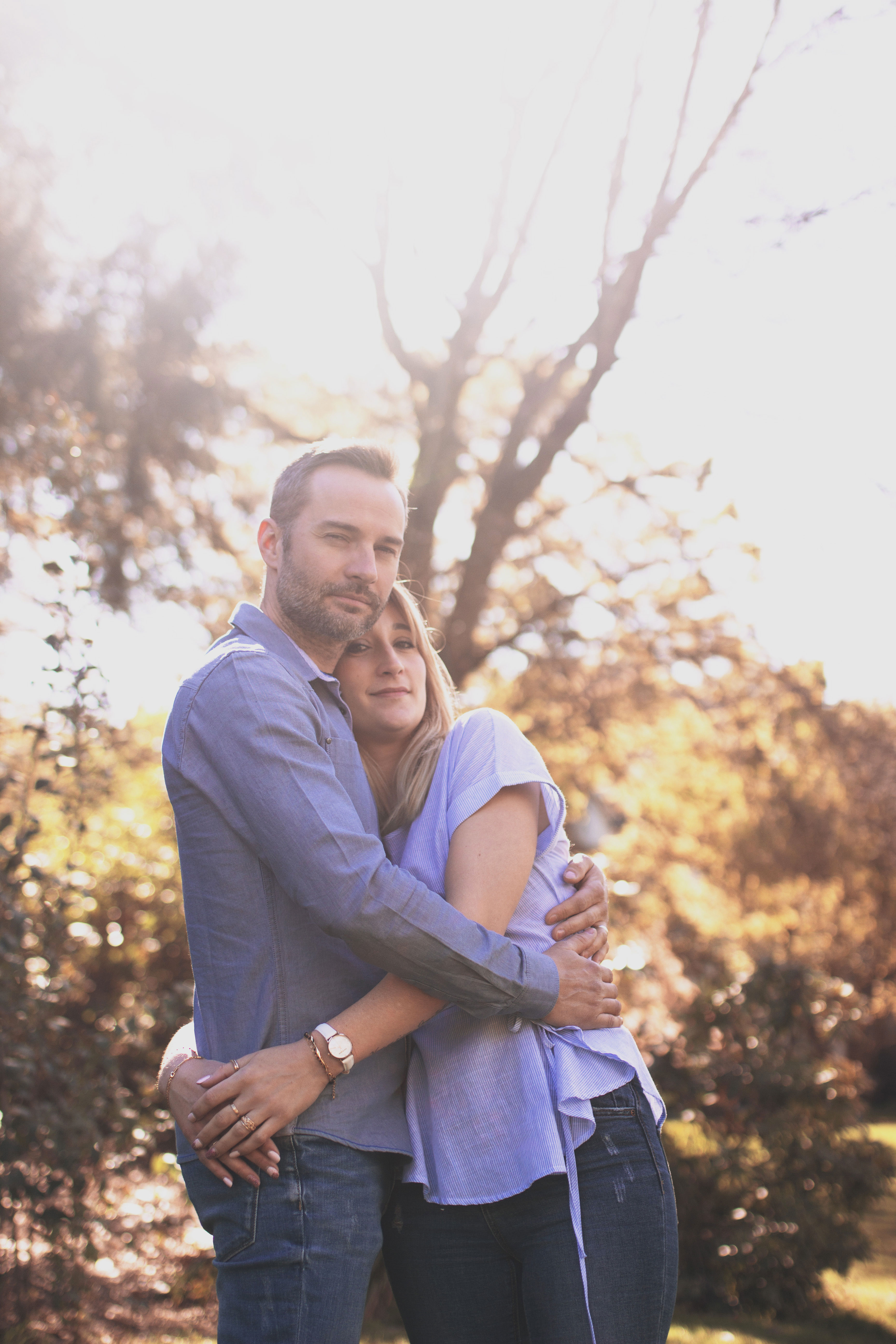photo couple en extérieur