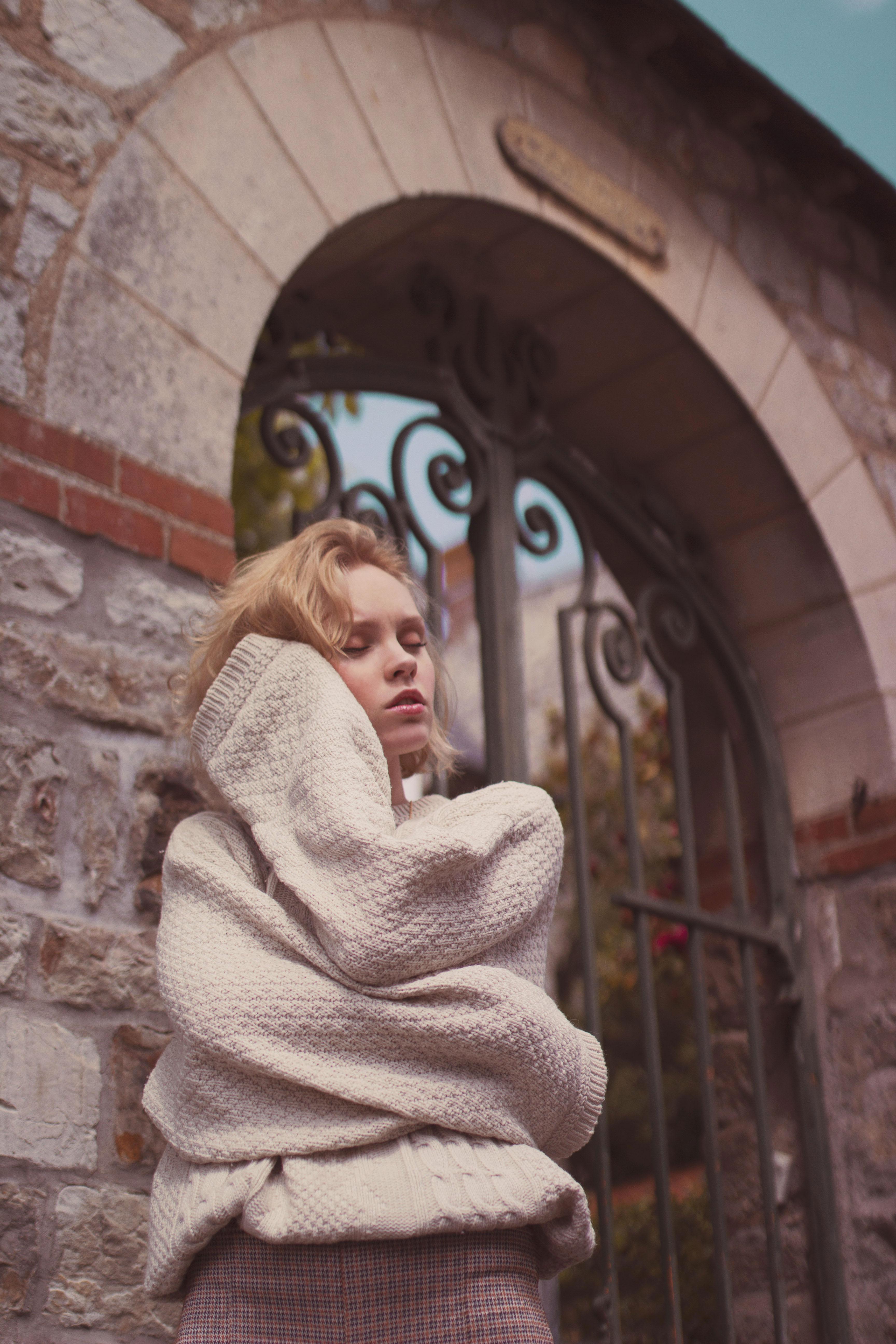 portrait doux dans les petites rues de rennes